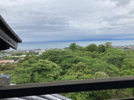 琵琶湖を見る